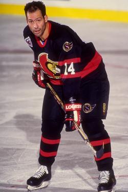 Brad Marsh playing for the Senators
